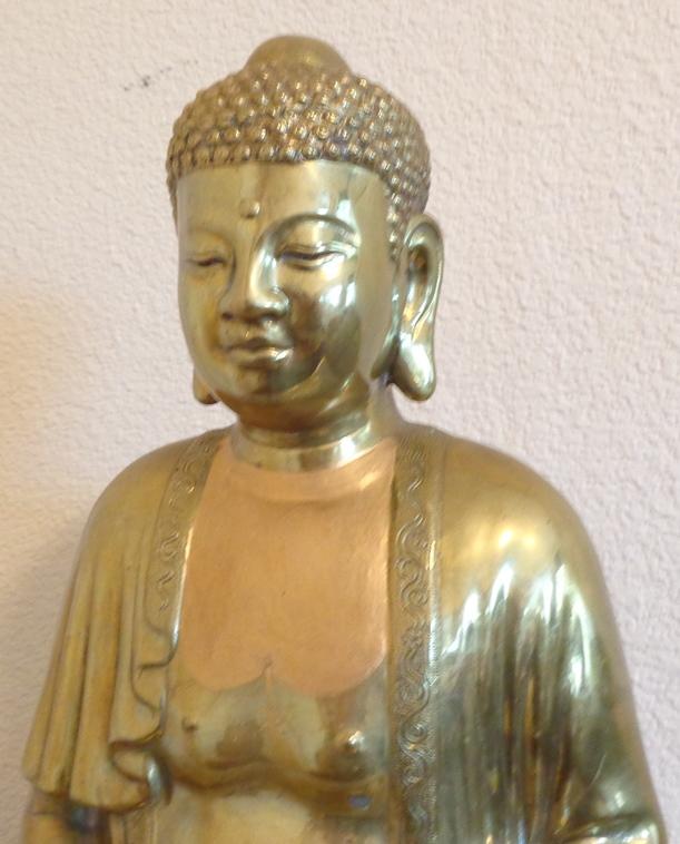 Golden Buddha Close